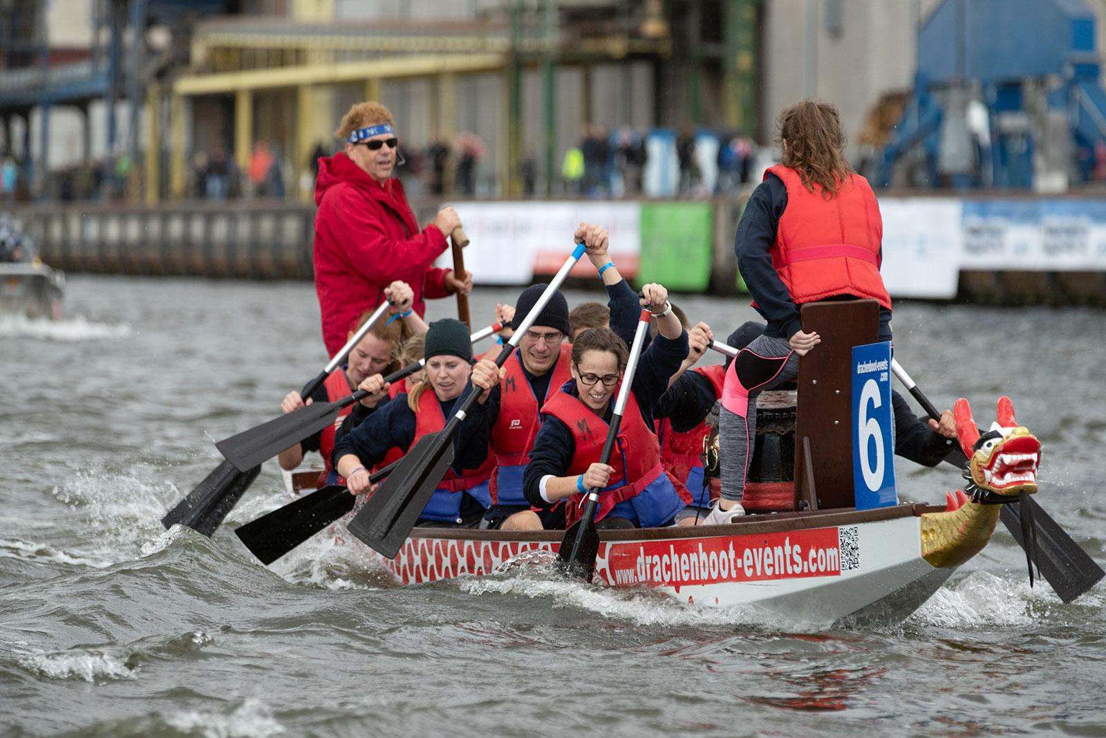 40 Teams für Drachenboot-Cup gesucht